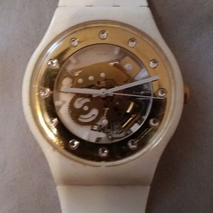 Swatch SUOB??? GOLDEN GLAM 41MM WATCH